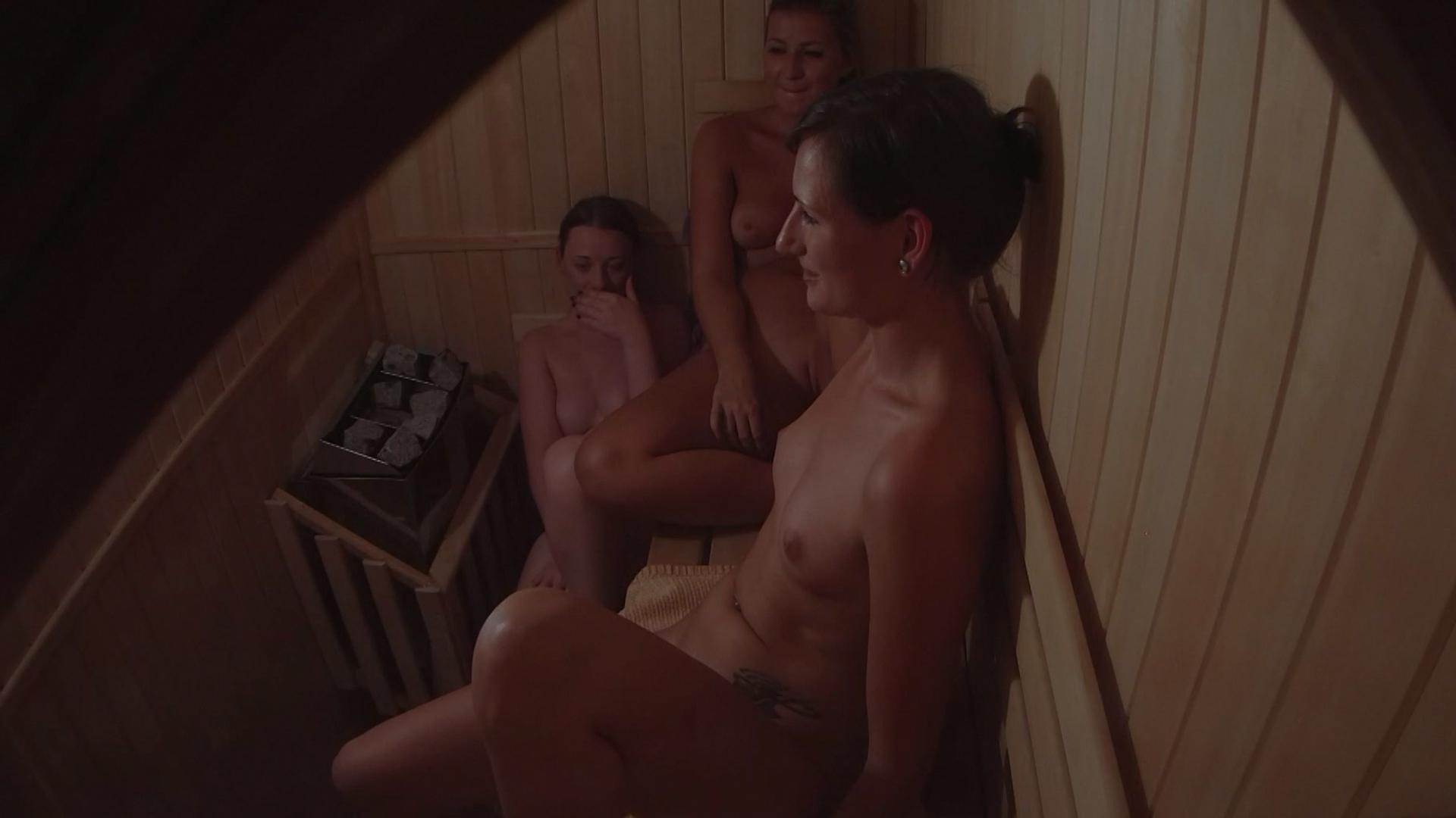 скрытая камера порно в сауне связи