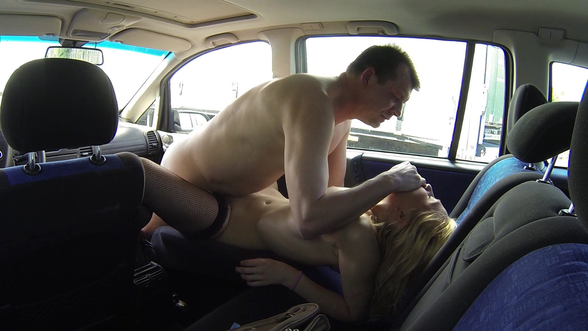 How To Have Sex In A Car Properly